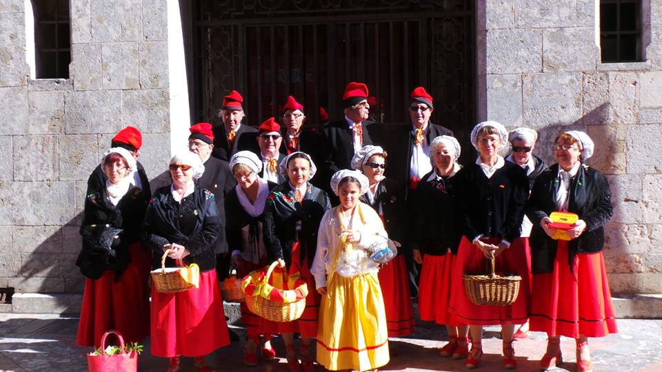 TRADITION_CATALANE_GOIGS_DELS_OUS_ET_CISTELL